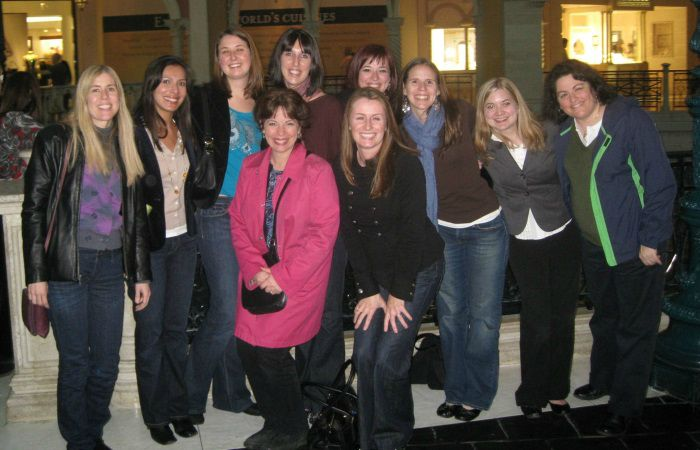 2010: Brooke Feeney's and Nancy Collins' labs after a lab dinner at SPSP.